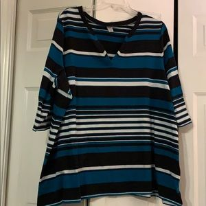 AVENUE SIZE 26/28 STRIPED TOP